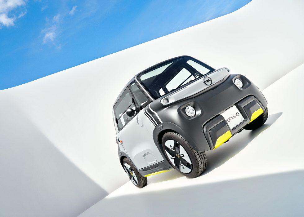 03-Opel-Rocks-e-516665
