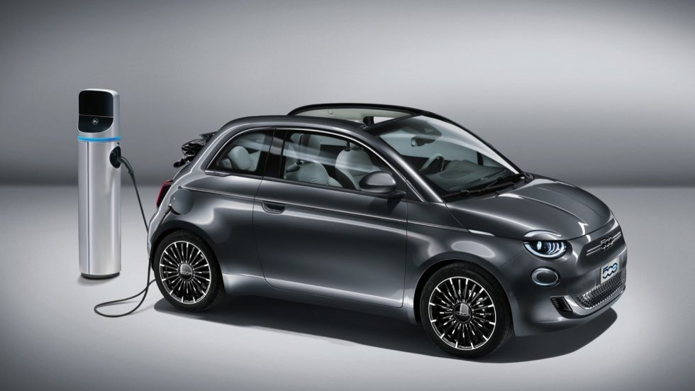 Fiat_500e_Convertible_2020-01@2x