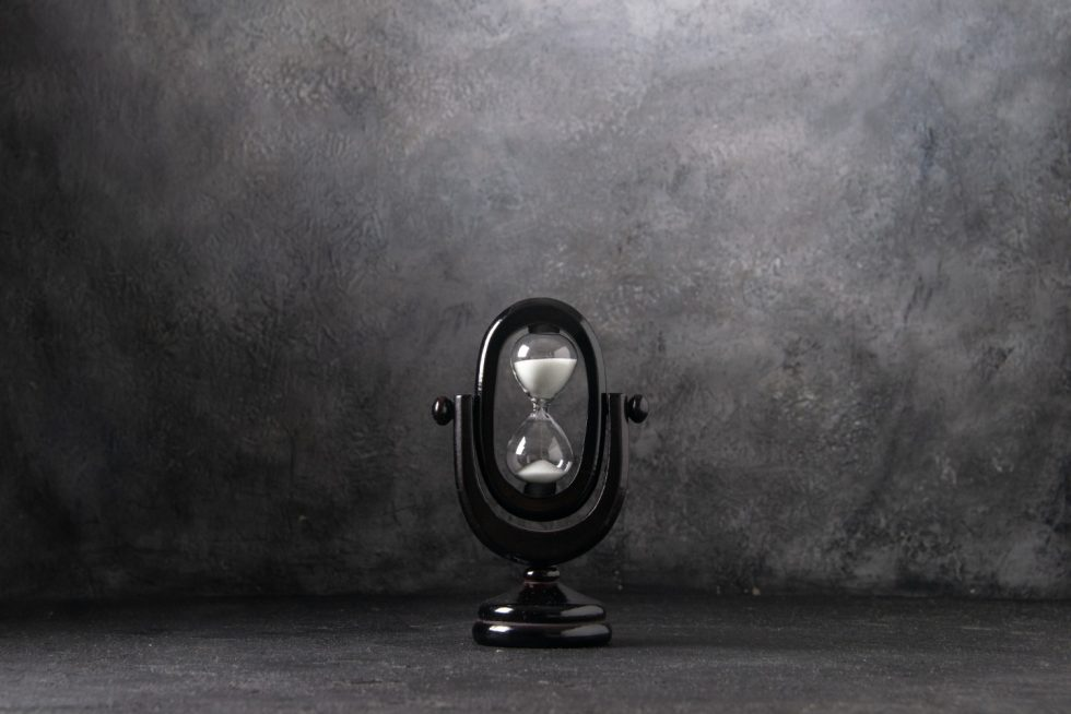 front-view-black-hourglass-white-time-life-war