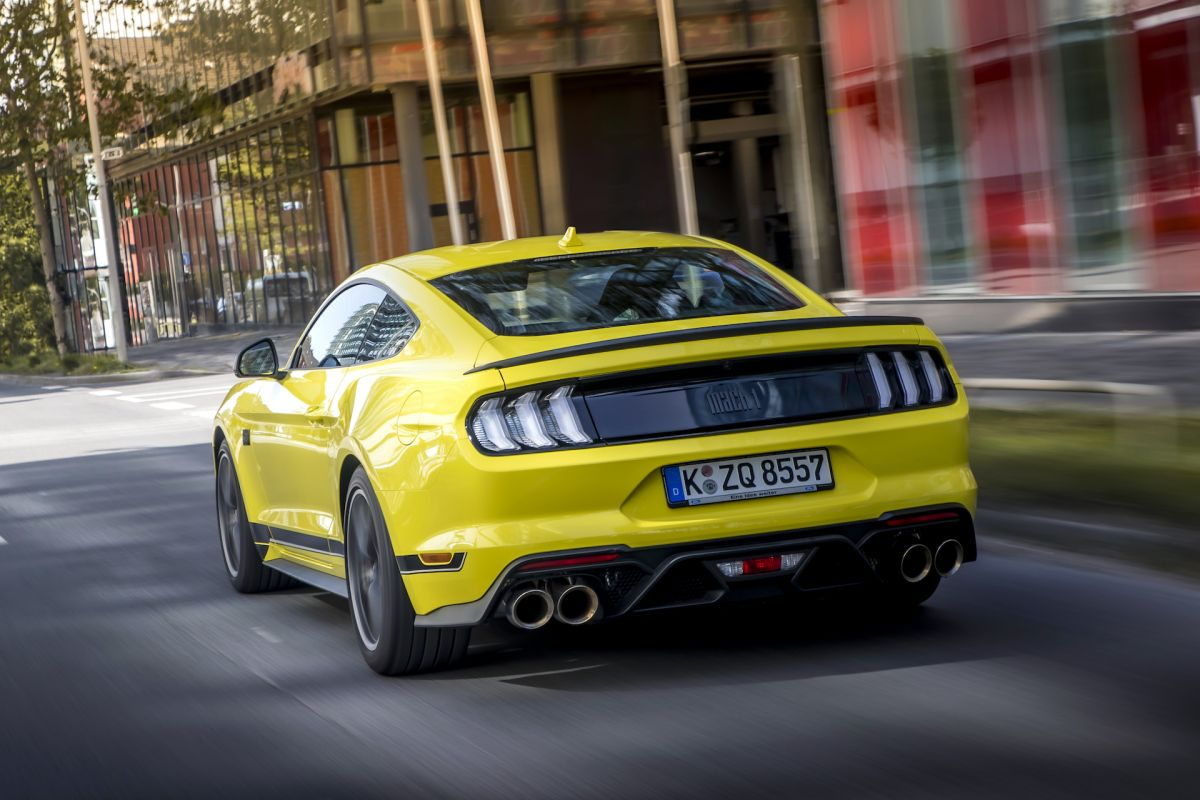 Ford%20Mustang%20Mach%201%20-%2011