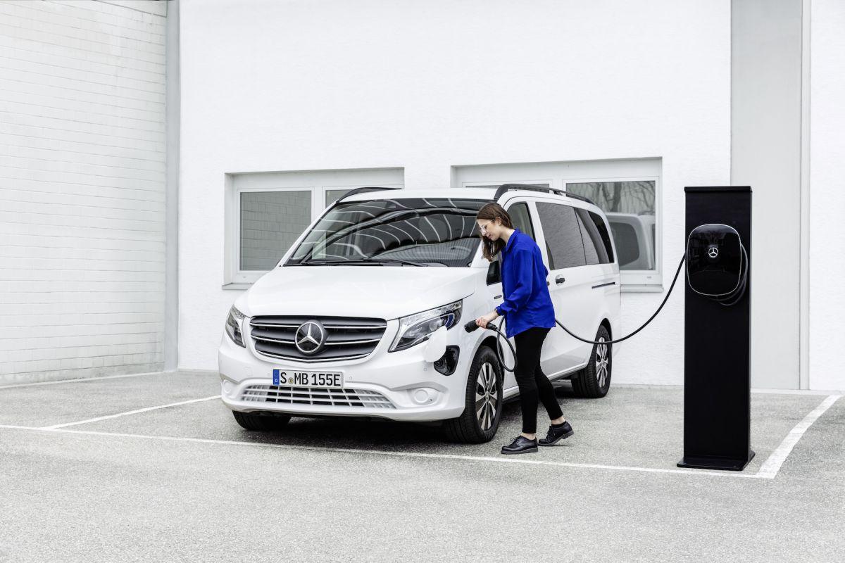 Mercedes-Benz%20Vito%20-%202