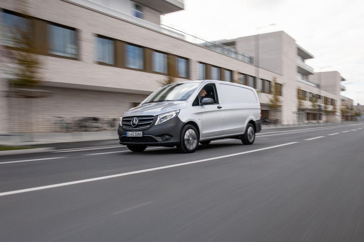 Mercedes-Benz%20Vito%20-%204