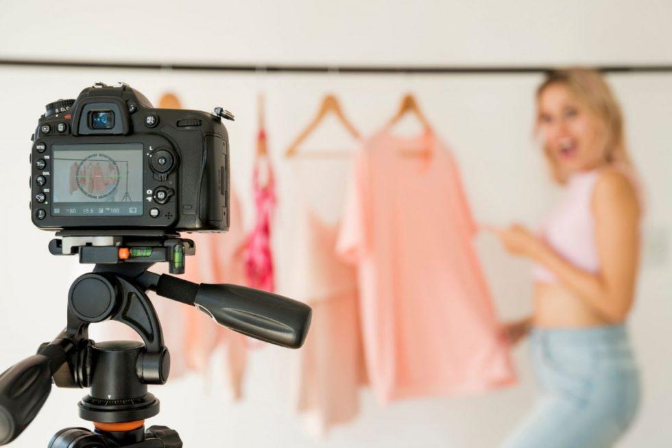 blonde-influencer-recording-fashion-video